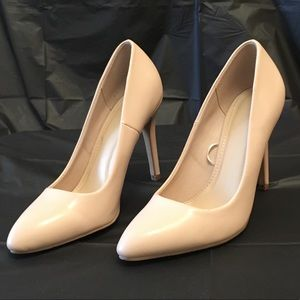 Forever 21 Nude faux patent pumps